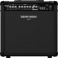 Гитарный усилитель Behringer GTX 60