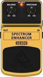 Педаль эффектов Behringer SE 200